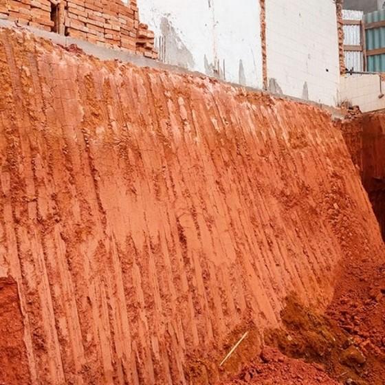 Empresa de Nivelamento de Terreno Aclive Jardim Bonfiglioli - Nivelamento para Construção