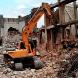 demolição e terraplanagem