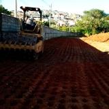 serviço de compactação do terreno Praça da Arvore
