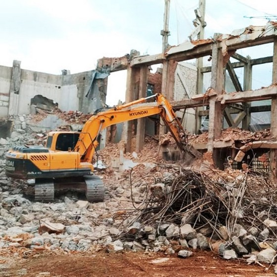 Demolição de Prédio Pacaembu - Demolição Industrial