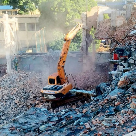 Demolição Mecanizada Vila Mariana - Demolição de Galpão