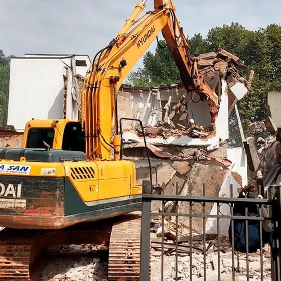 Empresa de Demolição de Prédio Barueri - Demolição e Terraplanagem