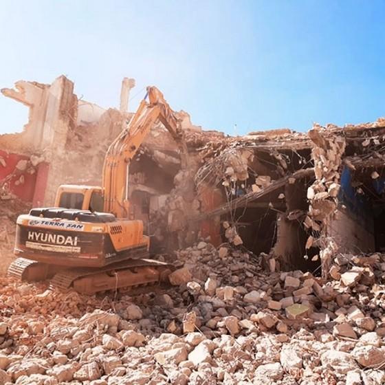 Empresa Que Faz Demolição Controlada Tremembé - Demolição e Terraplanagem