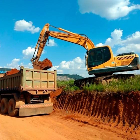 Limpeza de Terreno Pós Obra Zona Norte - Limpeza de Terreno com Retroescavadeira