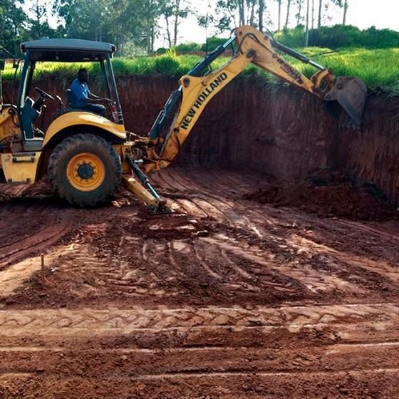 Nivelar Terrenos para Construção Rio Pequeno - Nivelamento de Terreno Declive