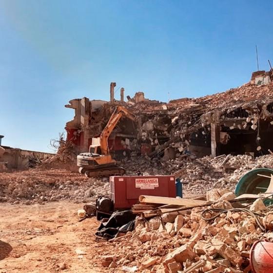 Quanto Custa Demolição Mecanizada Pinheiros - Demolição de Galpão