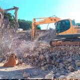 demolição controlada Praça da Arvore