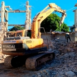 demolição de muros Raposo Tavares