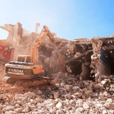 empresa que faz demolição controlada Raposo Tavares