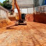 onde faz serviço de nivelamento de terreno declive Brasilândia