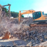 serviço de retirada de entulho em terreno Vila Gustavo